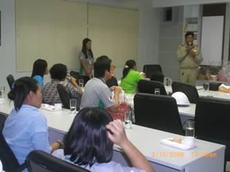 โครงการด้านพัฒนาศักยภาพและความสัมพันธ์ระหว่างชุมชน